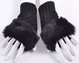 Black finger;ess gloves trimmed with faux fur