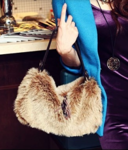 Faux fur handbag / shoulder bag