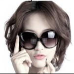Retro sunglasses with large lens