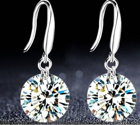Class cubic zirconia drop earrings