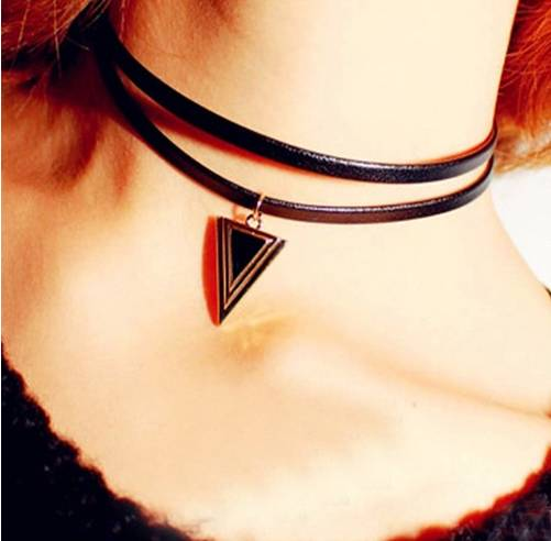 "Leather choker necklace ""lolita"""