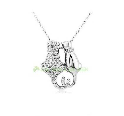 Cat pendant necklace, silver